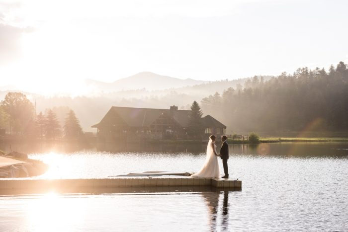 10 Colorado Wedding At Evergreen Lakehouse Elizabeth Ann Photography Via MountainsideBride.com