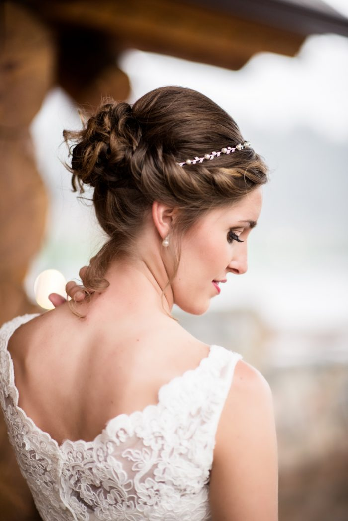 4 Colorado Wedding At Evergreen Lakehouse Elizabeth Ann Photography Via MountainsideBride.com