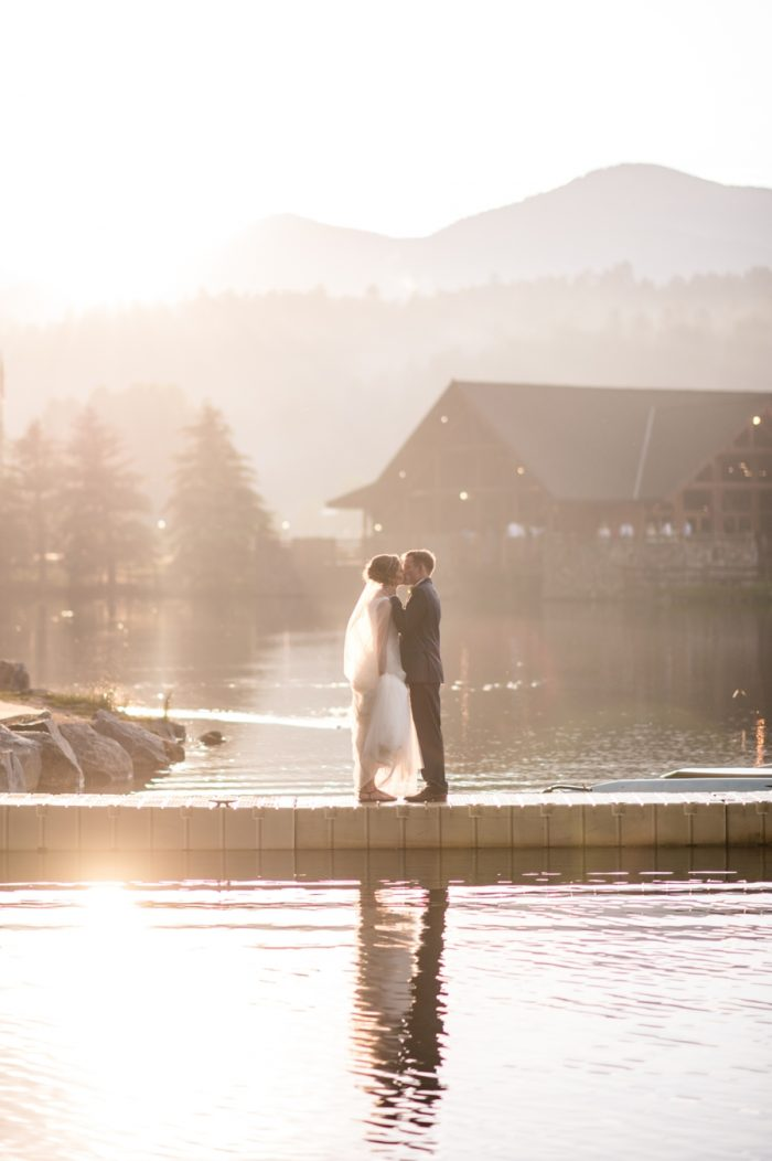 9 Colorado Wedding At Evergreen Lakehouse Elizabeth Ann Photography Via MountainsideBride.com
