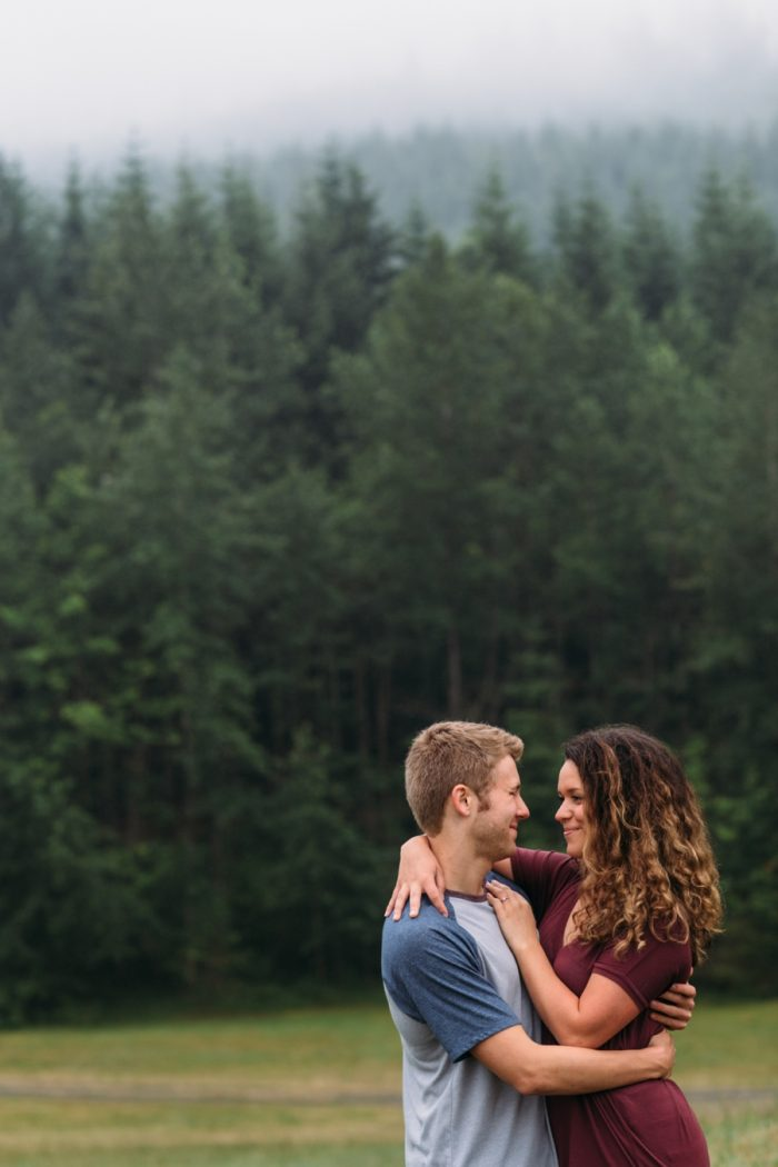 10 Woodland Washington Engagement Session Katie Day Photos Via Mountainsidebride Com