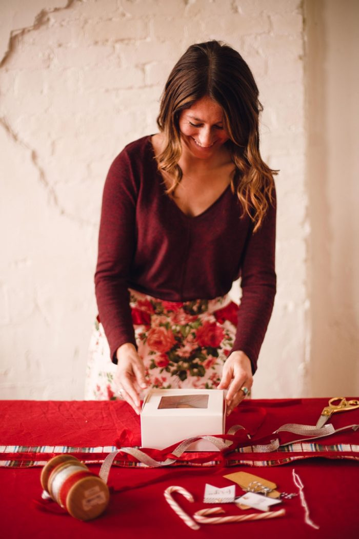 Knoxville Christmas Wedding Inspiration Red Boat Photography Via Mountainsidebride Com