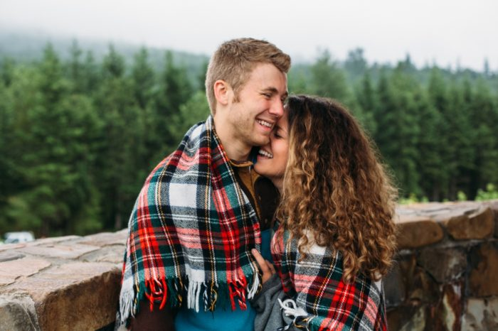 3 Woodland Washington Engagement Session Katie Day Photos Via Mountainsidebride Com