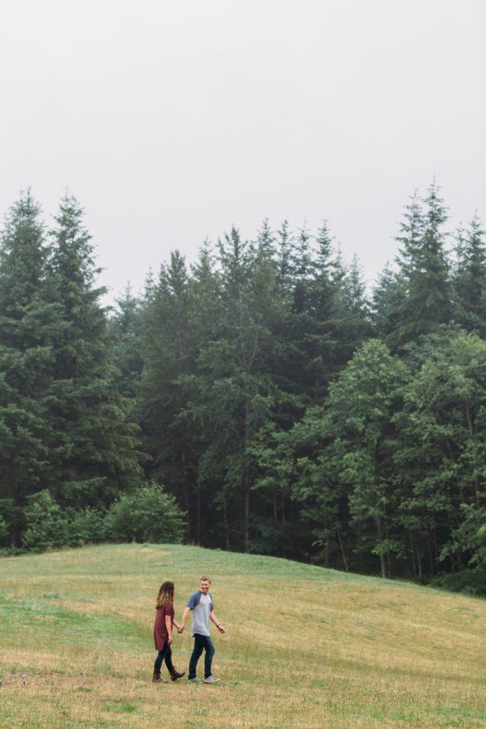 9 Woodland Washington Engagement Session Katie Day Photos Via Mountainsidebride Com