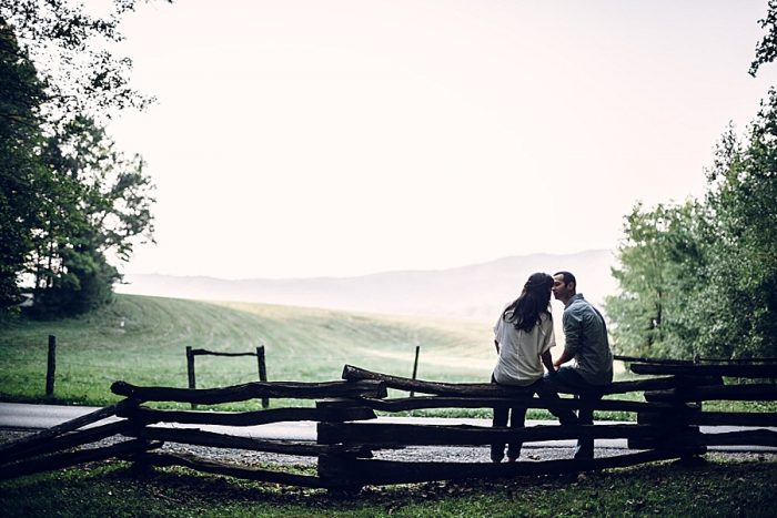 9 Cades Cove Engagement | Red Boat Photogrpahy | Via MountainsideBride