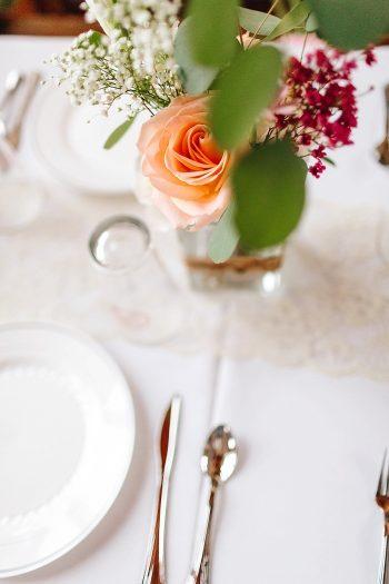 16 Bud Vase | Vermont Fall Wedding | Lex Nelson Photography | Via MountainsideBride.com