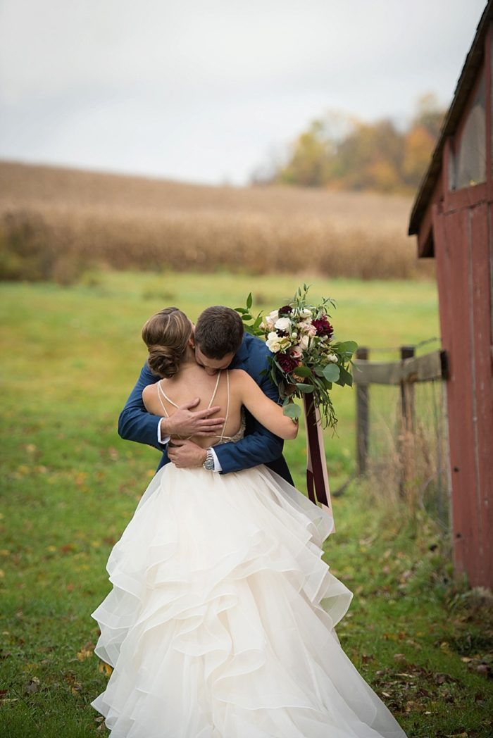 17 Chanteclaire Farm Mike B Photography | Via MountainsideBride.com