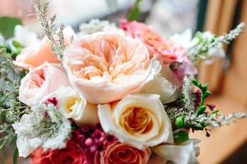 19 Cabbage Rose Florals | Vermont Fall Wedding | Lex Nelson Photography | Via MountainsideBride.com