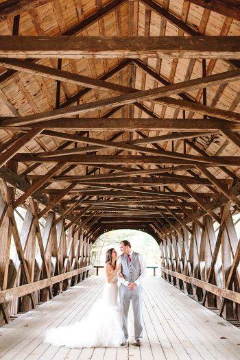 22 Wooden Bridge Portraits | Vermont Fall Wedding | Lex Nelson Photography | Via MountainsideBride.com