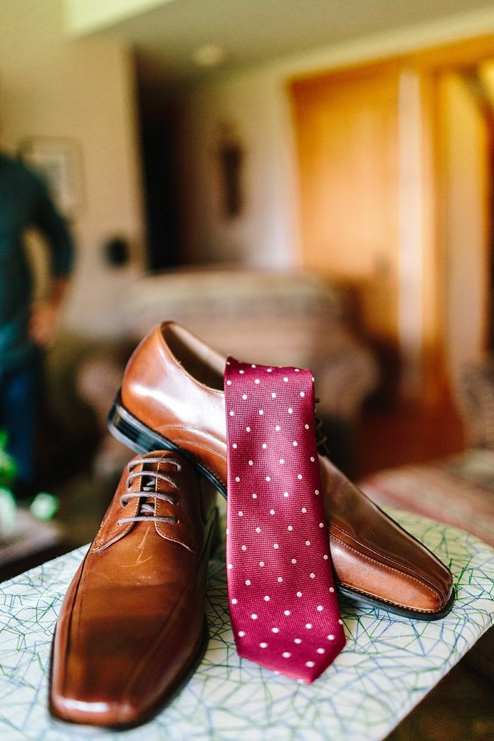4 Brown Leather Gr0oms Shoes | Vermont Fall Wedding | Lex Nelson Photography | Via MountainsideBride.com