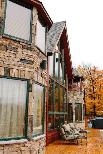 6 Vermont Fall Wedding | Lex Nelson Photography | Via MountainsideBride.com