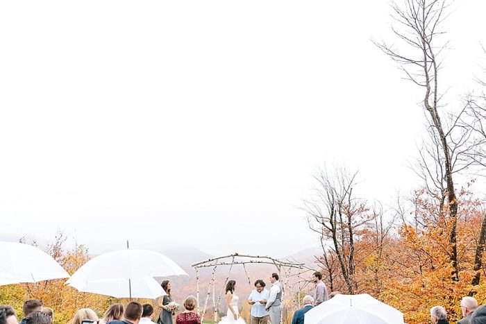 9 Vermont Fall Wedding | Lex Nelson Photography | Via MountainsideBride.com