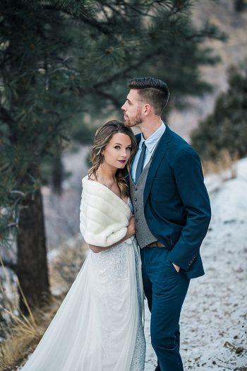 10 LookOut Mountain Colorado Bridal Shoot | Kyle Loves Tori Photography | Via MountainsideBride.com