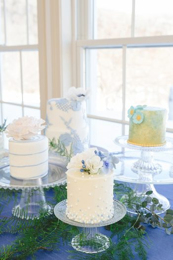 12 Vermont Winter Wedding Inspiration   Amy Donohue Photography   Via MountainsideBride.com