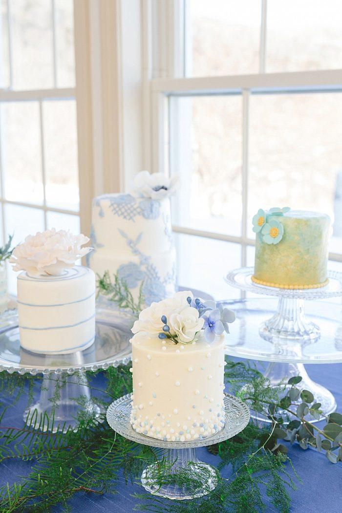 12 Vermont Winter Wedding Inspiration | Amy Donohue Photography | Via MountainsideBride.com