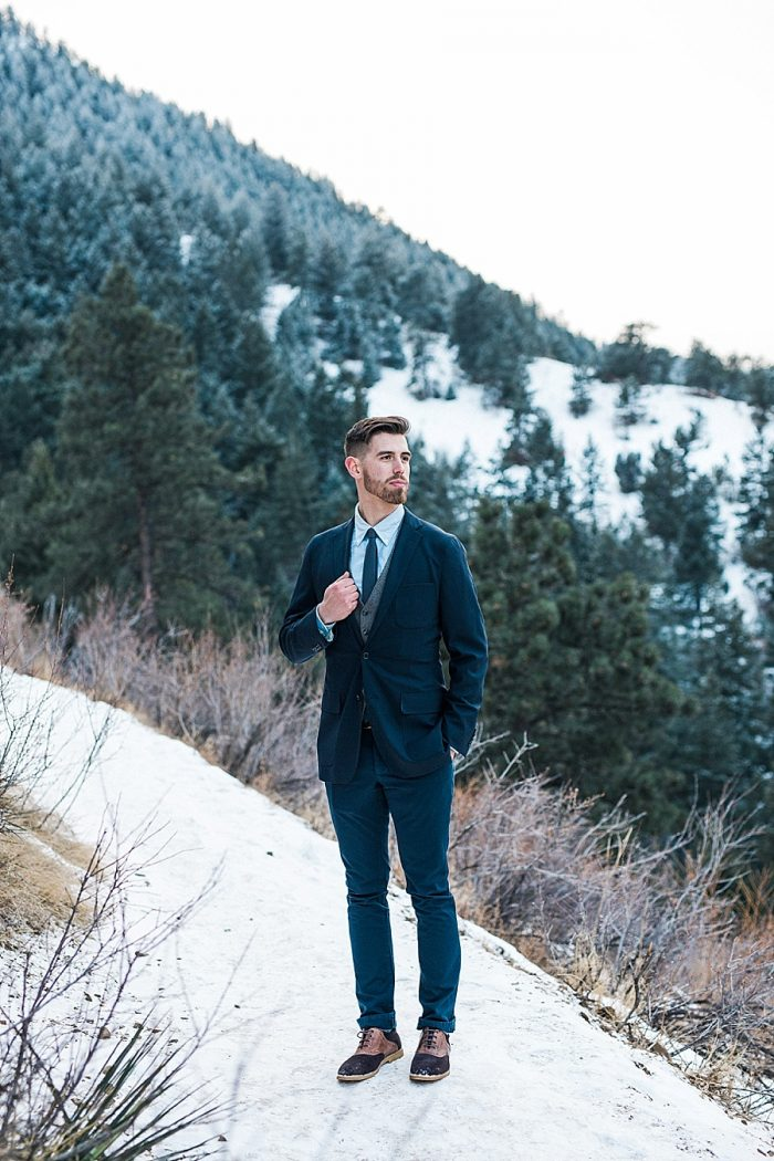 13 LookOut Mountain Colorado Bridal Shoot | Kyle Loves Tori Photography | Via MountainsideBride.com