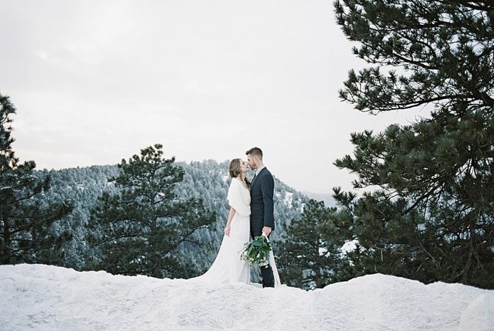 17 LookOut Mountain Colorado Bridal Shoot | Kyle Loves Tori Photography | Via MountainsideBride.com