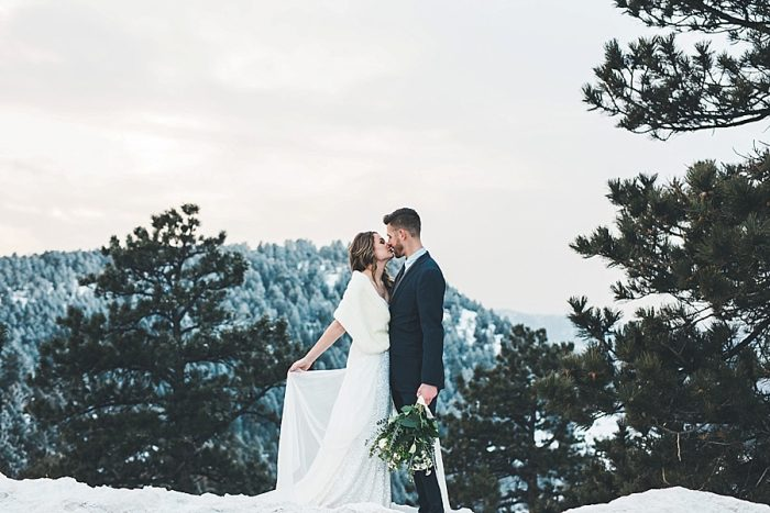 18 LookOut Mountain Colorado Bridal Shoot | Kyle Loves Tori Photography | Via MountainsideBride.com