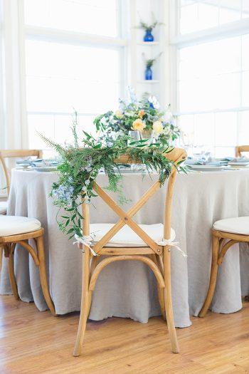 19a Vermont Winter Wedding Inspiration | Amy Donohue Photography | Via MountainsideBride.com