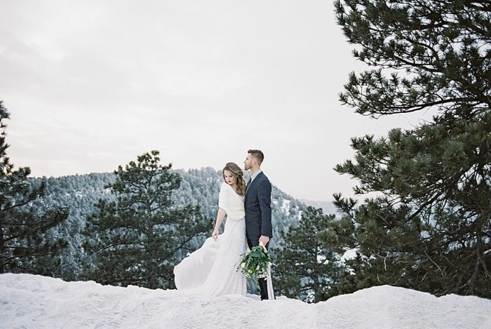 21 LookOut Mountain Colorado Bridal Shoot | Kyle Loves Tori Photography | Via MountainsideBride.com
