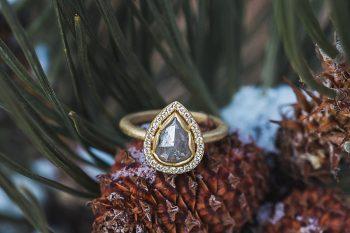 22 LookOut Mountain Colorado Bridal Shoot   Kyle Loves Tori Photography   Via MountainsideBride.com