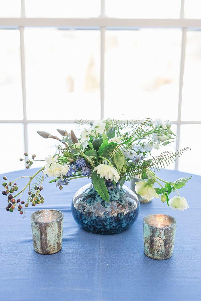 23 Vermont Winter Wedding Inspiration | Amy Donohue Photography | Via MountainsideBride.com
