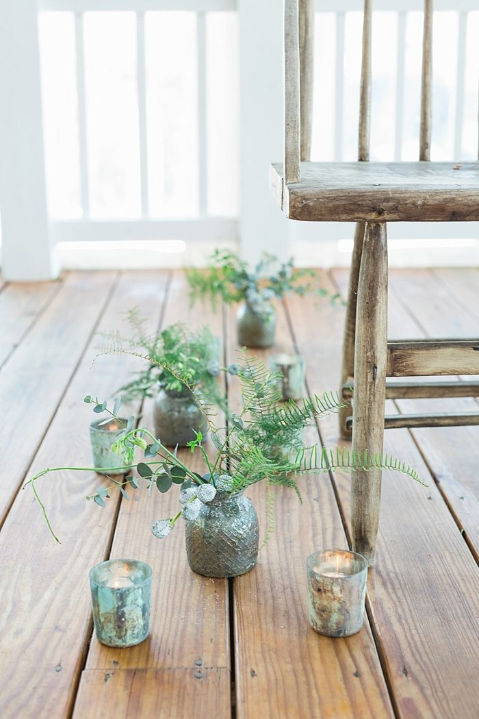 27 Vermont Winter Wedding Inspiration | Amy Donohue Photography | Via MountainsideBride.com