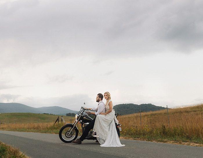 31 Autumn Harvest Wedding Inspiration | Carolyn Marie Photography | Via MountainsideBride.com