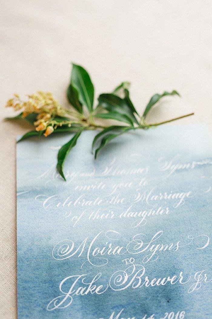 6 Vermont Winter Wedding Inspiration | Amy Donohue Photography | Via MountainsideBride.com