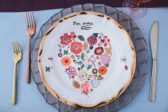 10 Vintage Painted Plates | Blue Ridge Mountain Fol Inspration | Jordan Brannock Photography | Via MountainsideBride.com