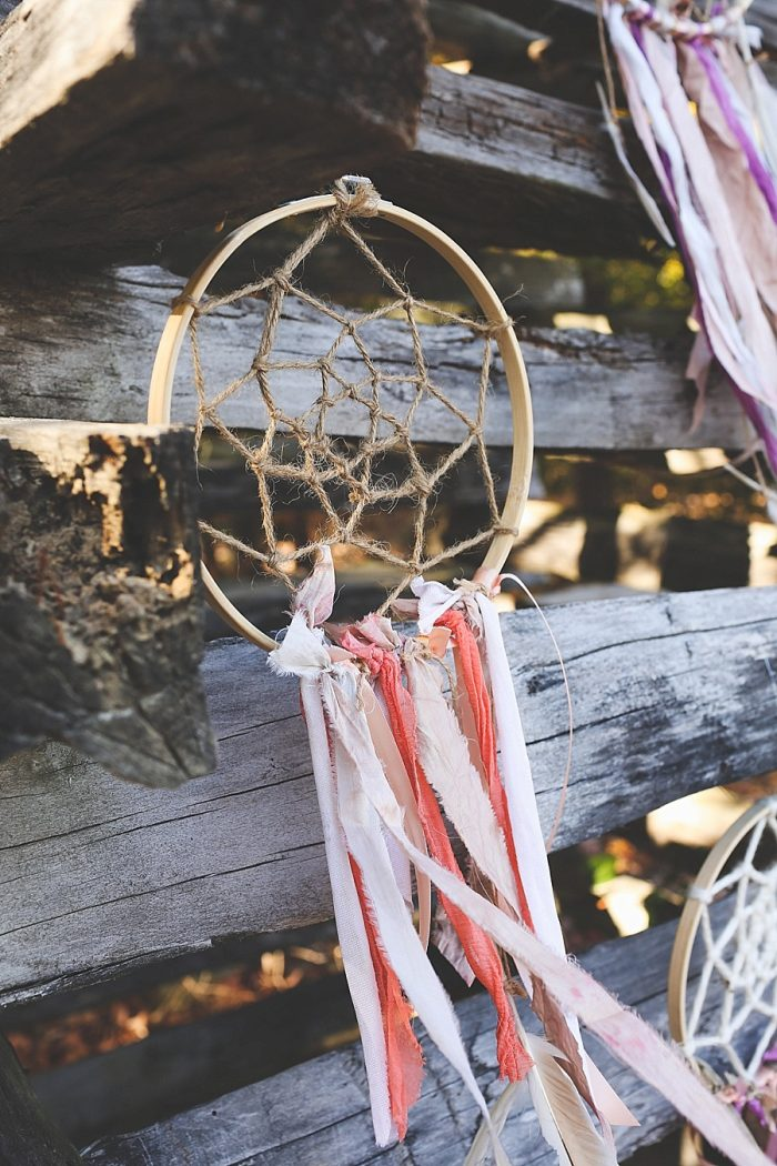 11 Dream Catcher | Blue Ridge Mountain Fol Inspration | Jordan Brannock Photography | Via MountainsideBride.com