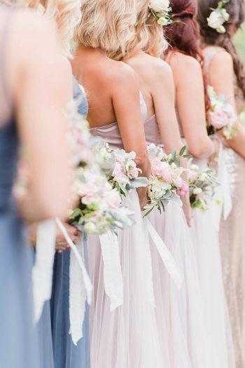 12 Bridesmaids 1 Sunshower Photography Via MountainsideBride.com