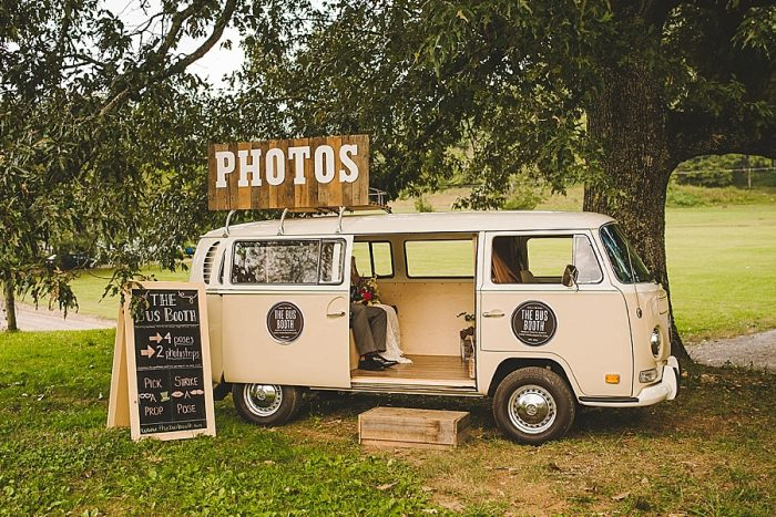13 Summer Camp Wedding Inspiration | Fete Photography | Via MountainsideBride.com.