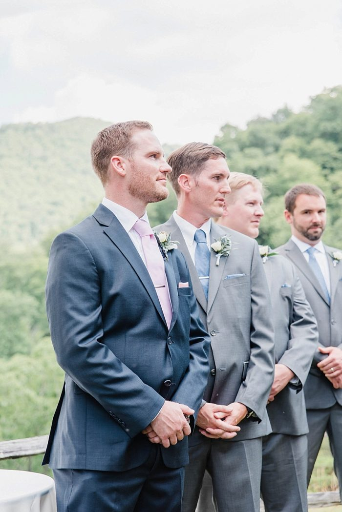 14 Groomsmen Sunshower Photography Via MountainsideBride.com