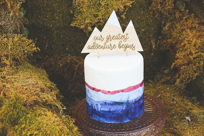15 Mountain Adventure Wedding Cake Topper | Blue Ridge Mountain Fol Inspration | Jordan Brannock Photography | Via MountainsideBride.com