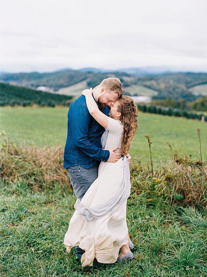 18 Simple Elk Knob Wedding North Carolina Rachael McIntosh Photography Via MountainsideBride