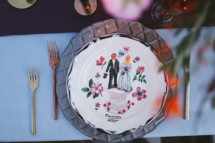 2 Vintage Painted Plates | Blue Ridge Mountain Fol Inspration | Jordan Brannock Photography | Via MountainsideBride.com