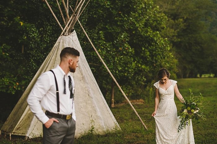 3 Summer Camp Wedding Inspiration | Fete Photography | Via MountainsideBride.com.