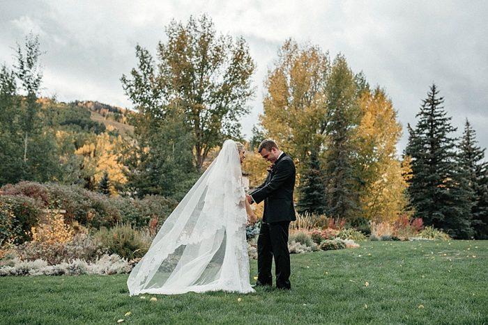 11 First Look Vail Autumn Wedding Eric Lundgren Photography Via MountainsideBride.com