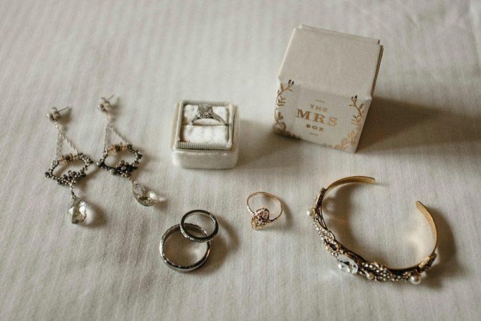 2 Jewelry Vail Autumn Wedding Eric Lundgren Photography Via MountainsideBride.com