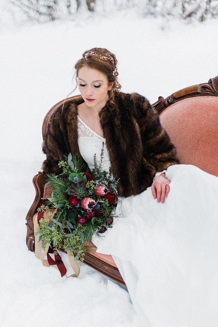21 White Mountain New Hampshire Winter Wedding Inspiration Jesse Wyman Via MountainsideBride.com