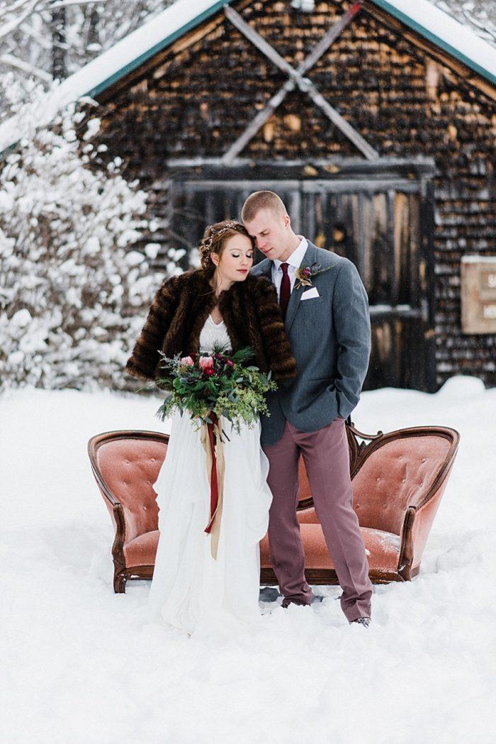 23 White Mountain New Hampshire Winter Wedding Inspiration Jesse Wyman Via MountainsideBride.com