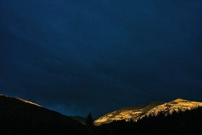 37 Scenery Vail Autumn Wedding Eric Lundgren Photography Via MountainsideBride.com