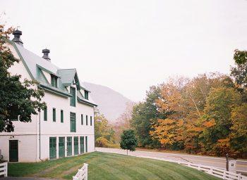 4 Alleghany Mountains Old Dairy Farm Wedding Inspiration Natural Retreats Via MountainsideBride.com