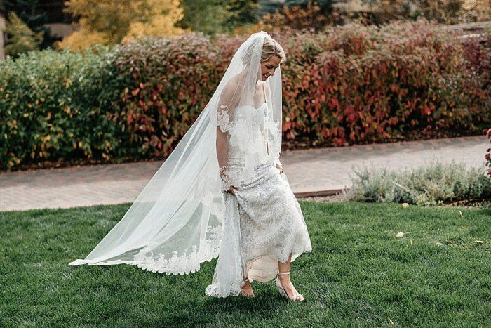 8 Bride Vail Autumn Wedding Eric Lundgren Photography Via MountainsideBride.com