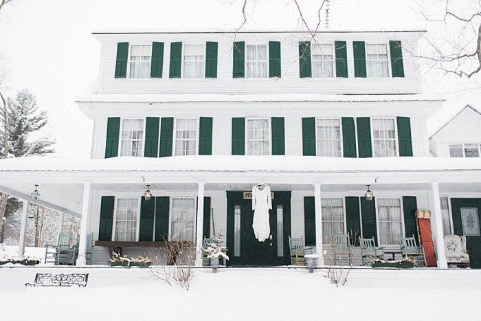 9 White Mountain New Hampshire Winter Wedding Inspiration Jesse Wyman Via MountainsideBride.com