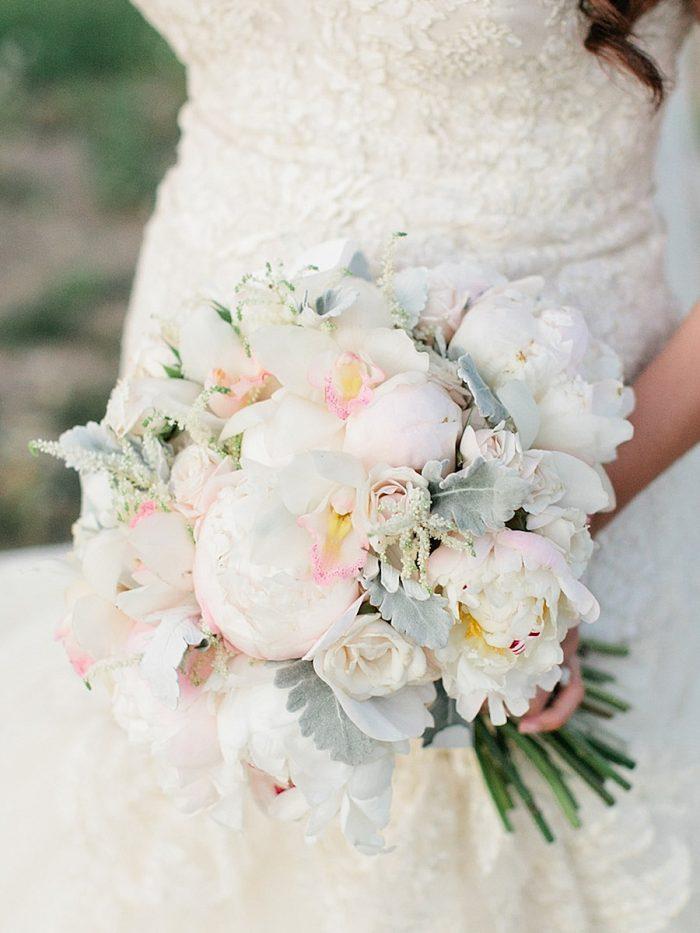 13 Bouquet 2 Silverthorne Colorado Wedding A Vintage Affair Via MountainsideBride.com