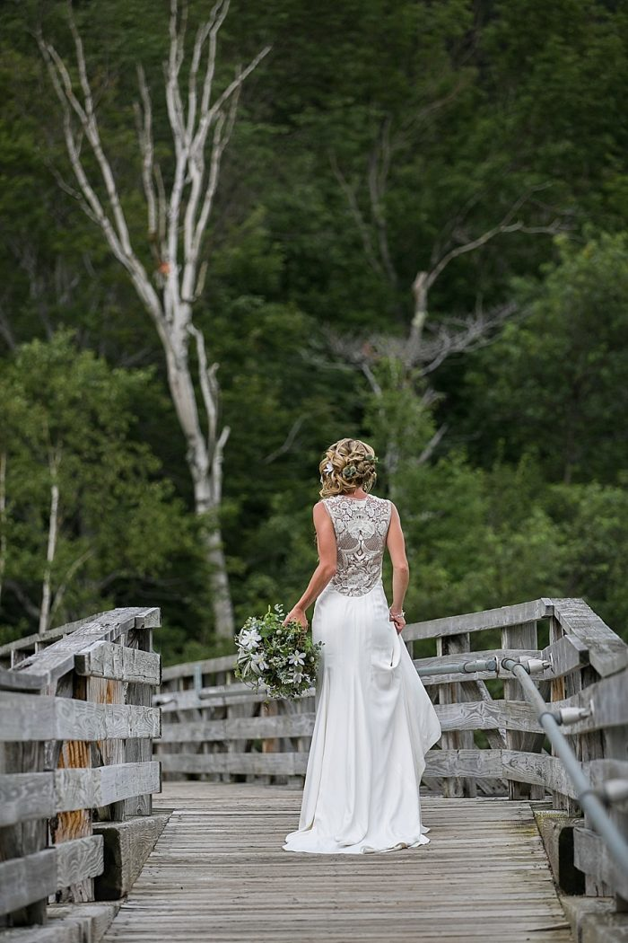 2 White Mountains Wedding Inspiration Anne Skidmore Via MountainsideBride.com