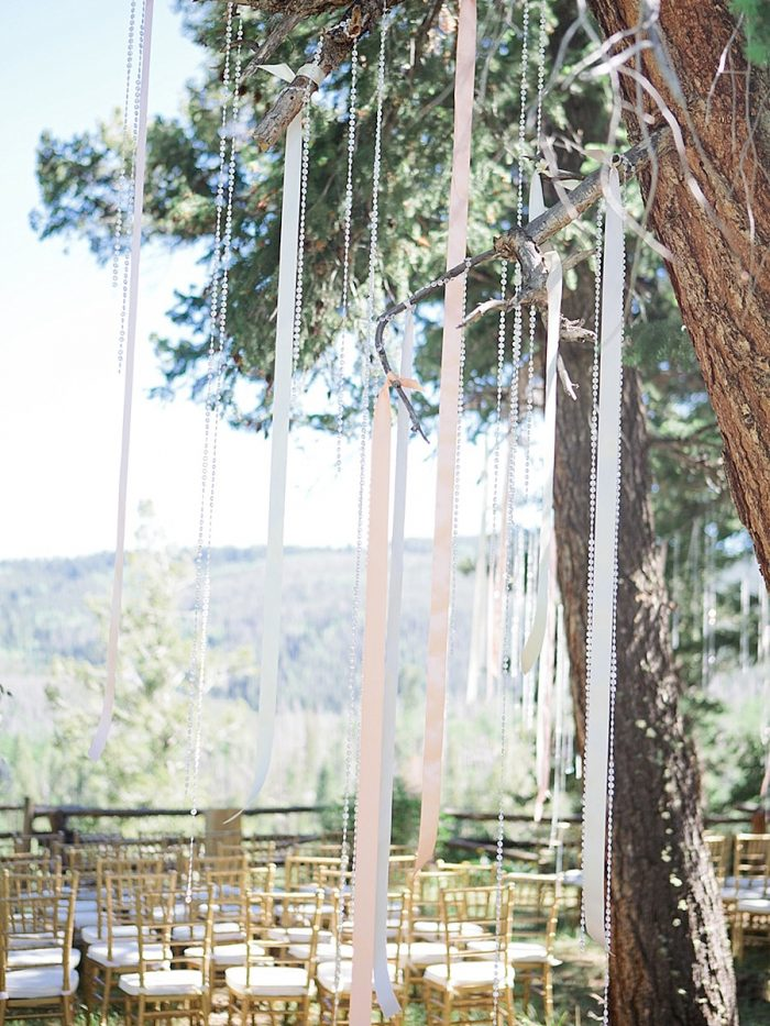20 Ceremony Silverthorne Colorado Wedding A Vintage Affair Via MountainsideBride.com