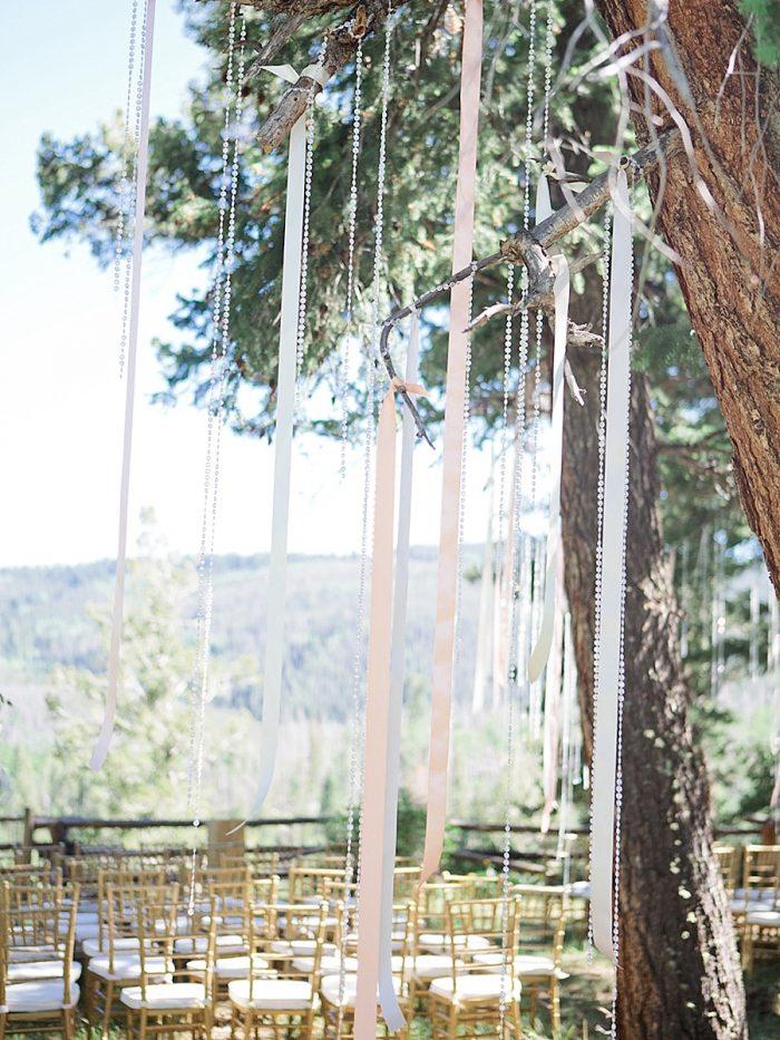 20 Ceremony Silverthorne Colorado Wedding A Vintage Affair Via MountainsideBride.com