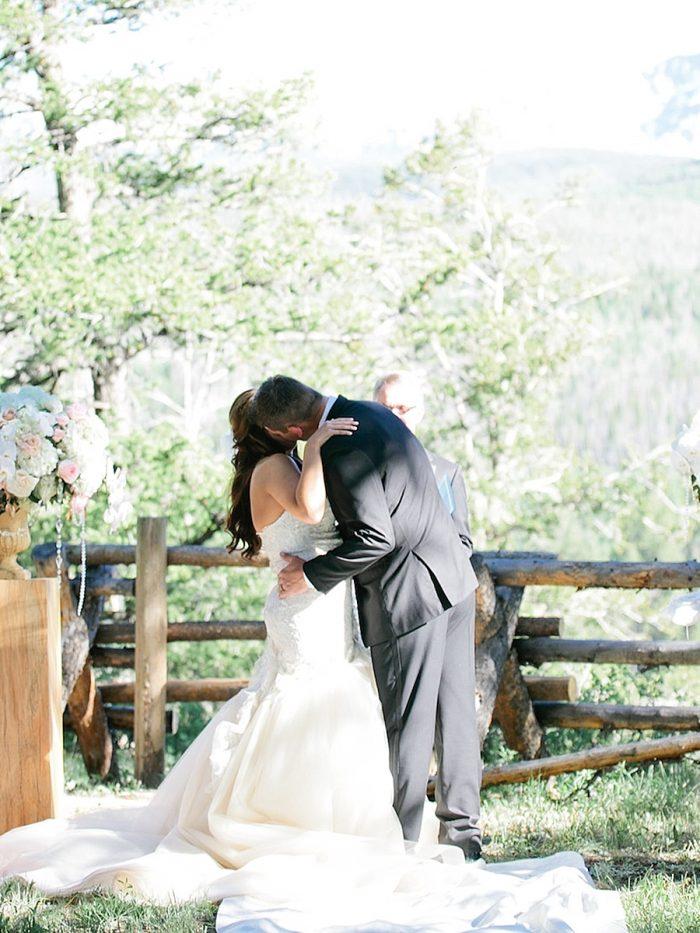 25 Kiss Silverthorne Colorado Wedding A Vintage Affair Via MountainsideBride.com .